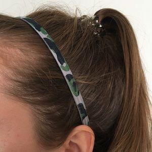 Thin camo print headband